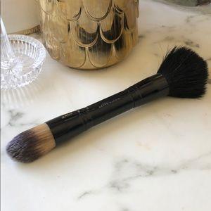 Kevyn Aucoin Powder & Foundation Brush